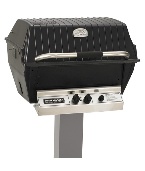 Broilmaster P4-X Premium Gas Grill Post Mounted with Charmaster Briquest (473 sq in.)